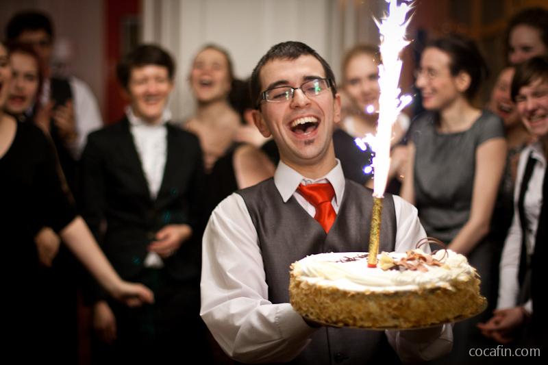 Karol z tortem